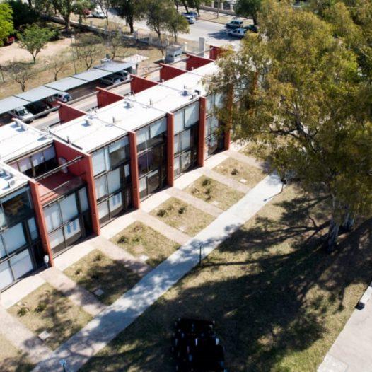 Concurso de Precios para la re funcionalización del exterior de los atelieres de la UPC