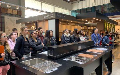 Estudiantes de la FAD visitaron Edificor