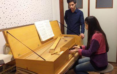 No te pierdas la performance de Guitarra, Piano y Concierto Barroco en la FAD