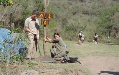 """Estudiantes de la FTA restauraron el sendero """"Cascada de Los Hornillos"""""""
