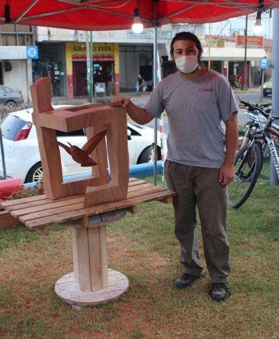 Gran debut de un estudiante de la FAD en el Simposio de Escultura de Unquillo